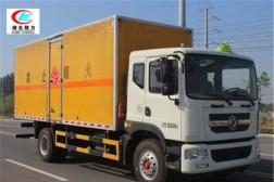 东风D9 6.2米易燃液体厢式运输车【三类】