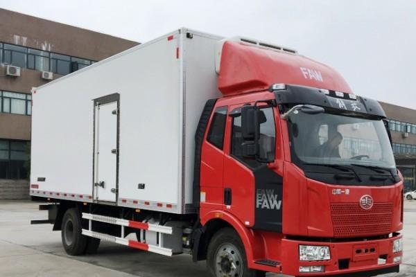 (厢长6.8/7.5米)解放J6冷藏车